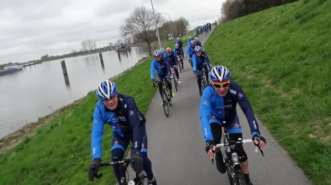 Foto's van 08-04-2017 van de tocht naar Papenburg